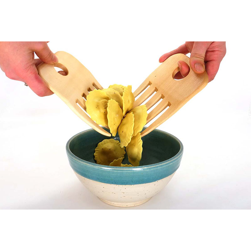 Spaghetti lifter made of maple wood Tortellini