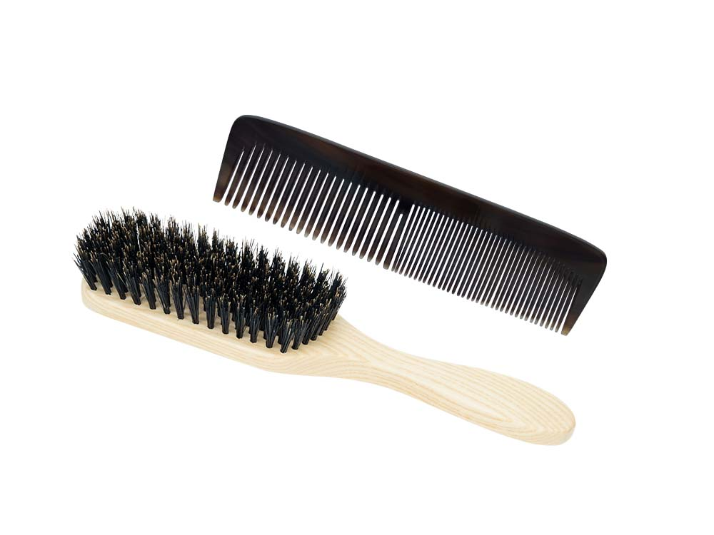 Buffalo horn comb and brush for fine hair