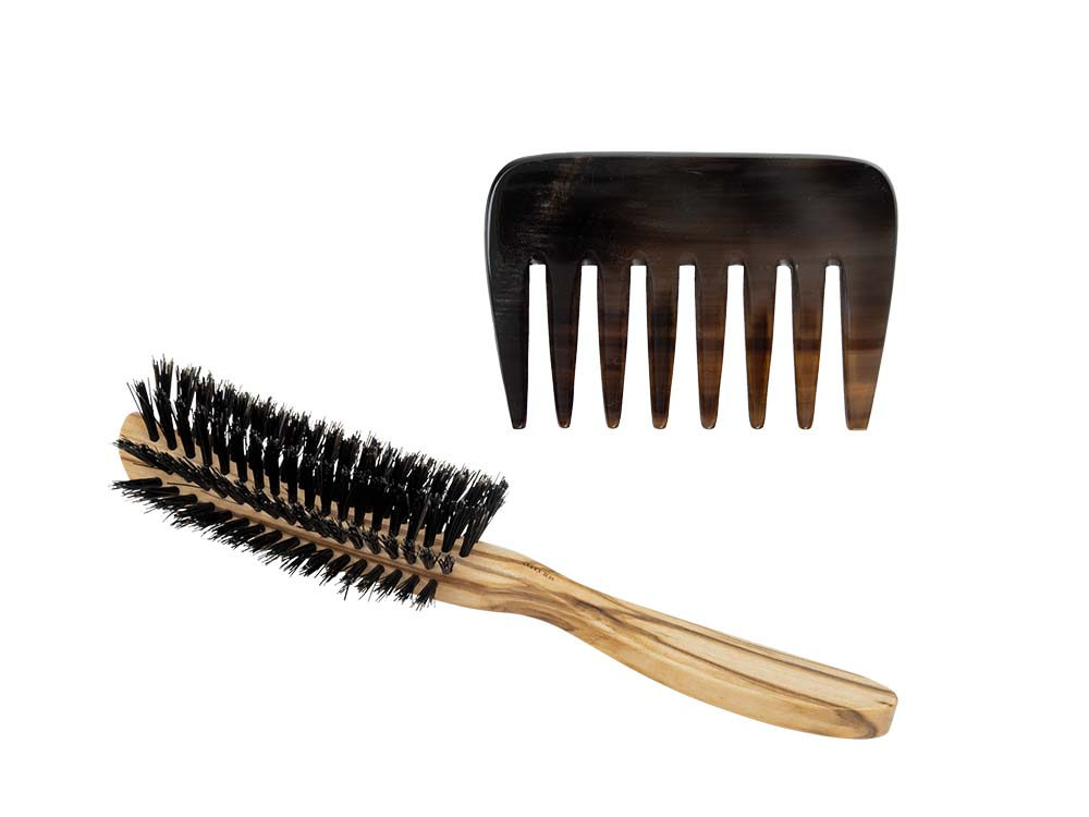 Buffalo horn comb and brush for curls